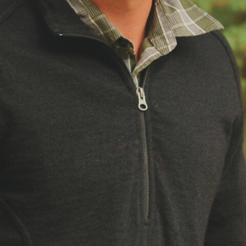 mens_half_zip_closeup2